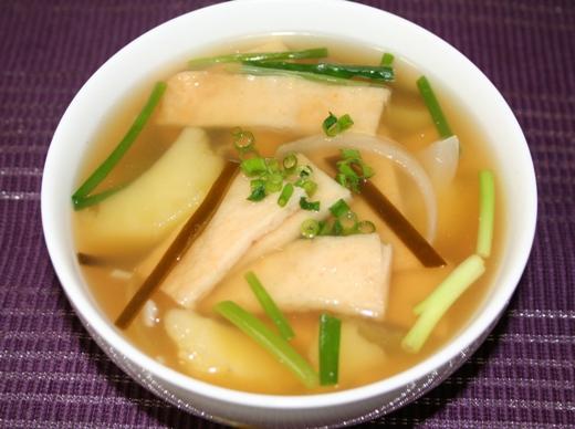 オデングッ(오뎅국・어묵국) -- 韓国のさつま揚げスープ
